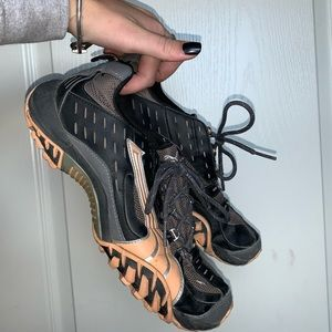 Puma Cell Athletic Shoes